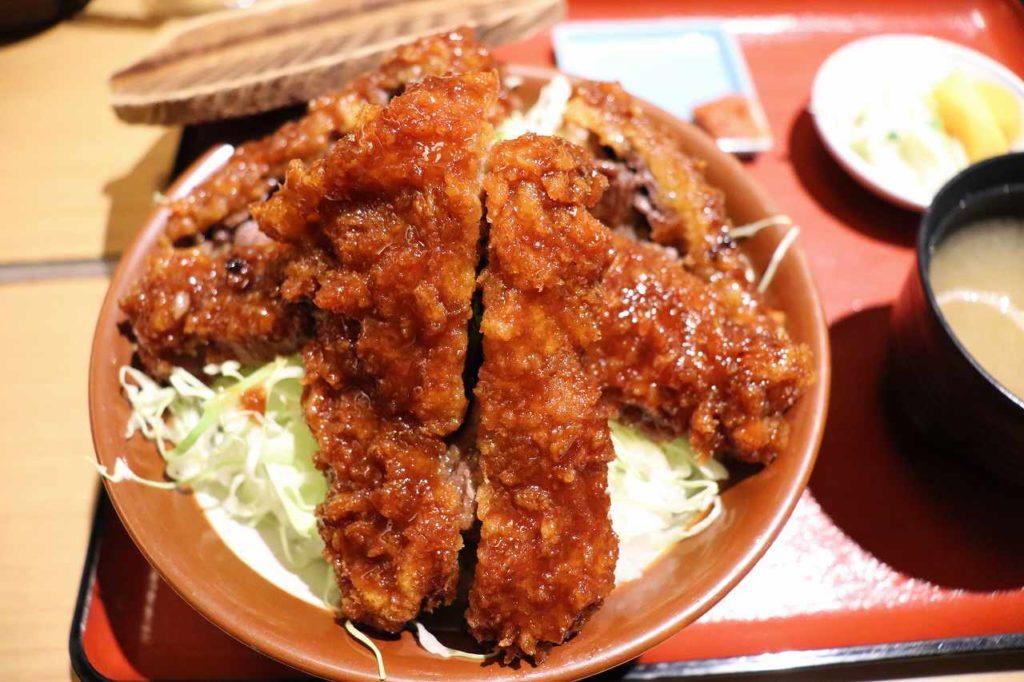 とん亭ソースカツ丼