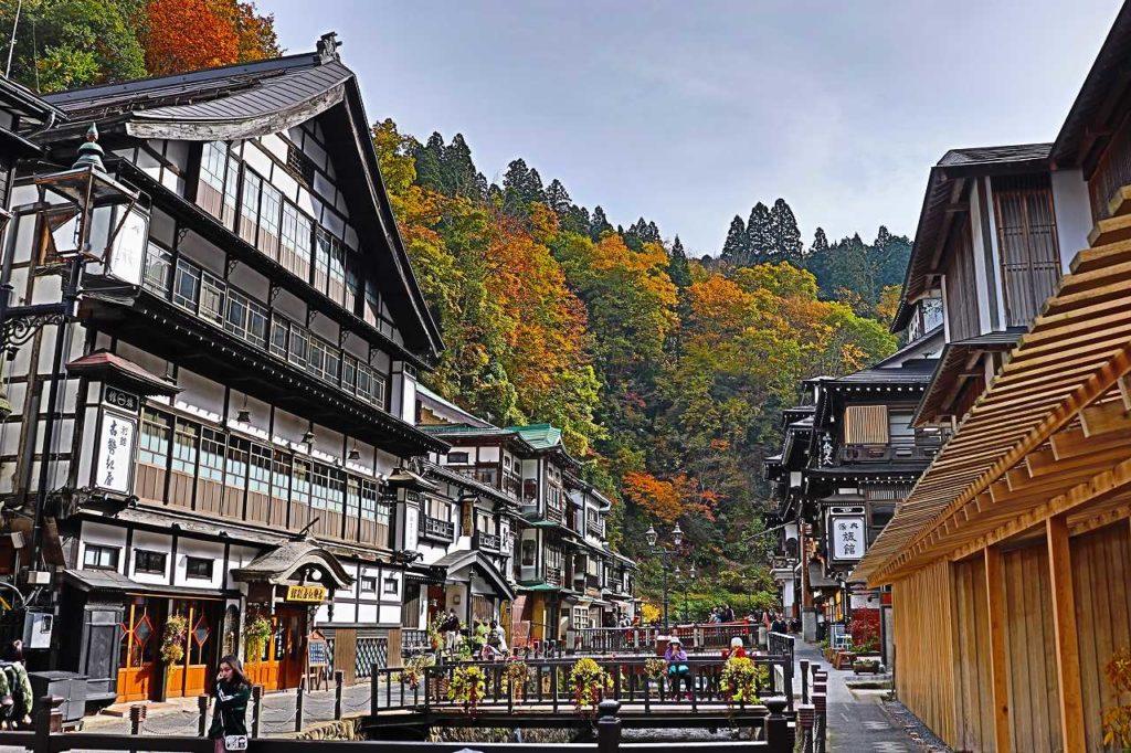 秋の銀山温泉