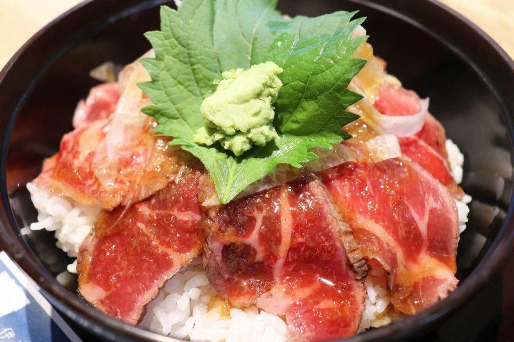 伊豆牛ステーキ丼