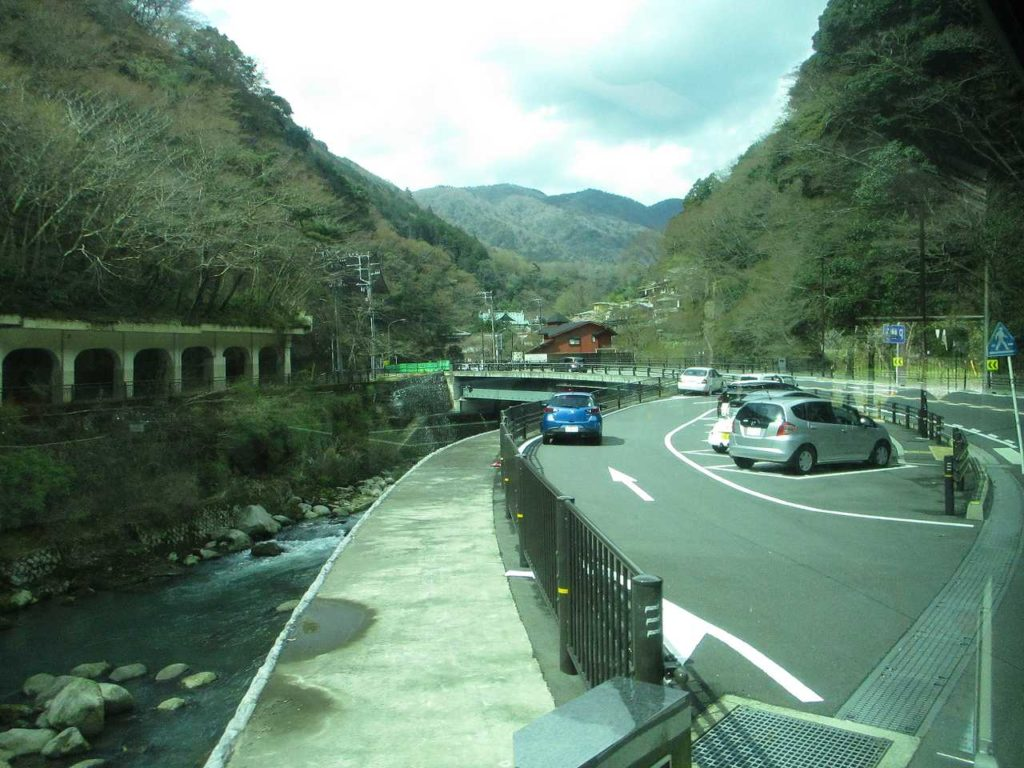 塔ノ沢駅付近