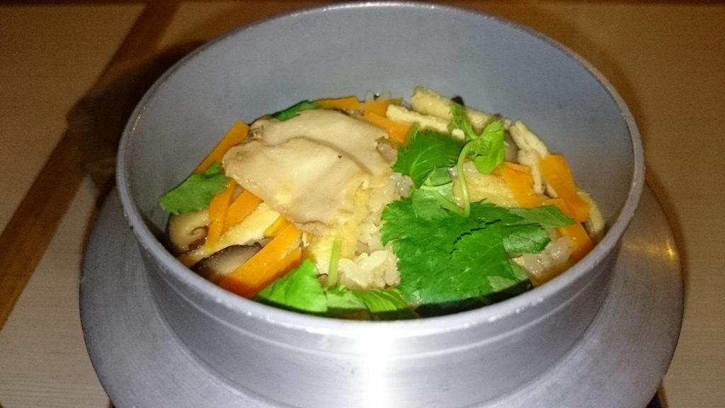 鮑の煮貝釜飯
